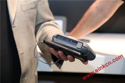 LaCie DJI Copilot移动硬盘 使用E Ink电子墨水屏幕 墨水屏其他产品 第2张