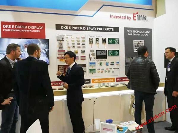 E Ink合作伙伴DKE东方科脉在德国Embedded world 2019 展出柔性基板电子纸产品 电子墨水屏新闻 第17张