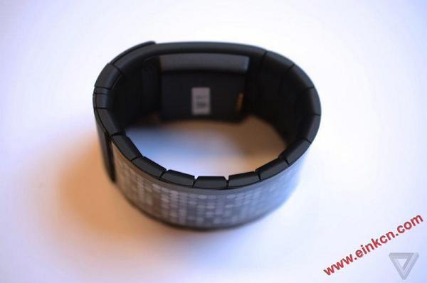 Wove 的智能手表 - 第一款真正的柔性屏幕消费产品诞生了 墨水屏手表手环 第5张