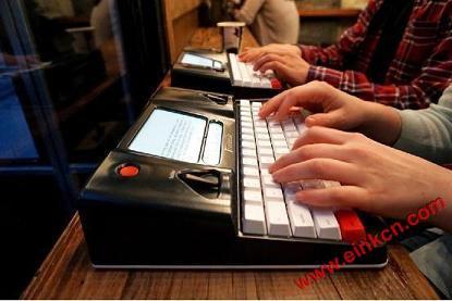 只配电子墨水屏: FreeWrite 智能打字机接受预定