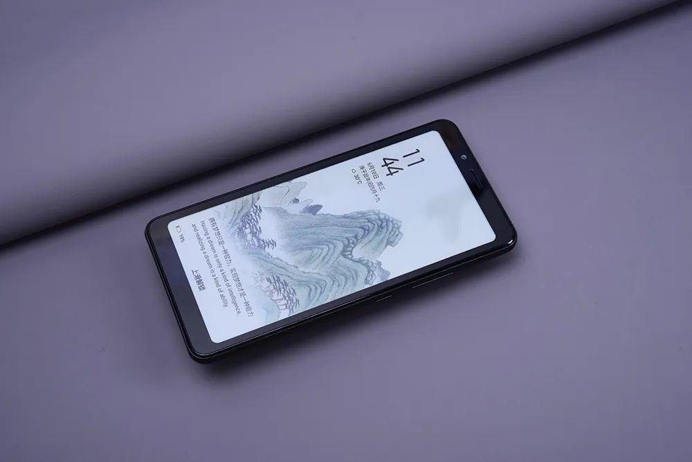 听说你被这两款墨水屏手机弄得左右为难?简单对比评测,根据你的需求购买