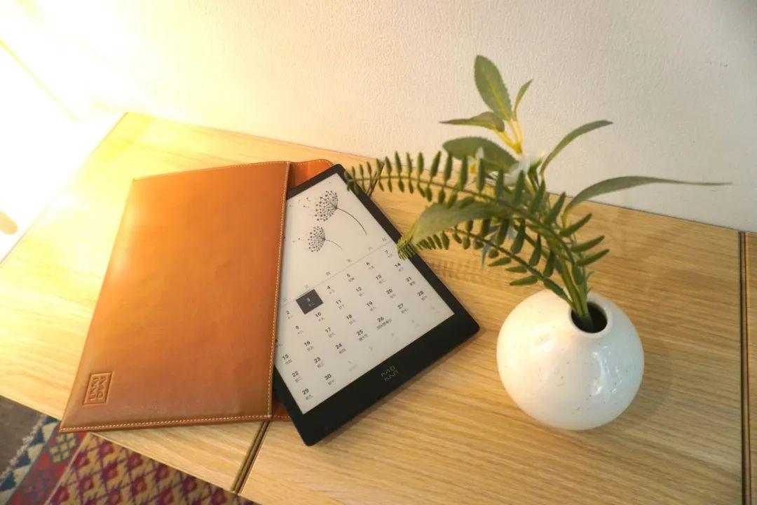 超值!搞定语音写作,轻薄冷暖光——墨案超级阅读器 inkPad X